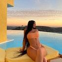 Kylie Jenner lancerer badetøjskollektion