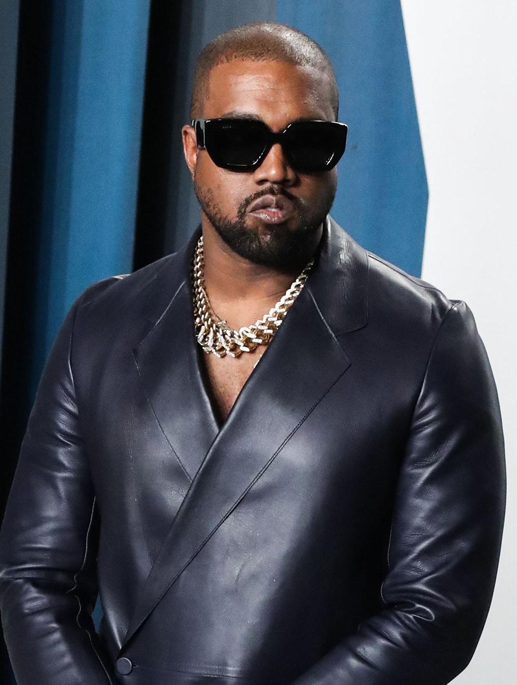 Kanye West sætter ild til sig selv til lanceringsfest