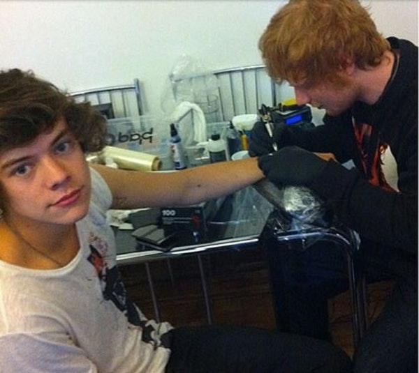 Harry Styles, tatovering, tattoo, Ed sheeran, One Direction
