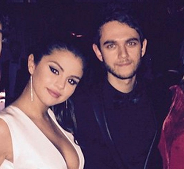 Selena Gomez fletter fingre med ny fyr